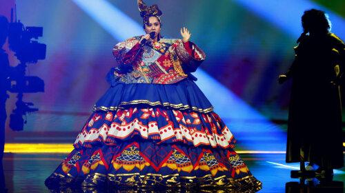 Выступление Манижи из России на Евровидении 2021: скакала на сцене и выкрикивала лозунги на русском