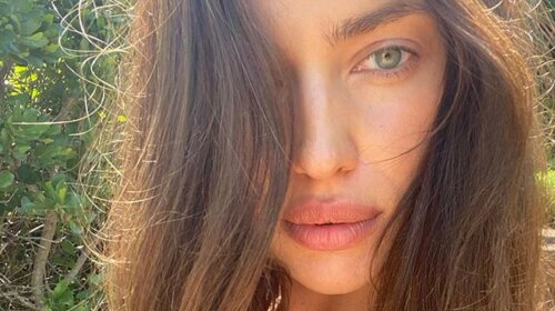 """Не нафарбована на обкладинку: Ірина Шейк» у негліже """" взяла участь у зйомці для італійської версії Vogue (ФОТО)"""