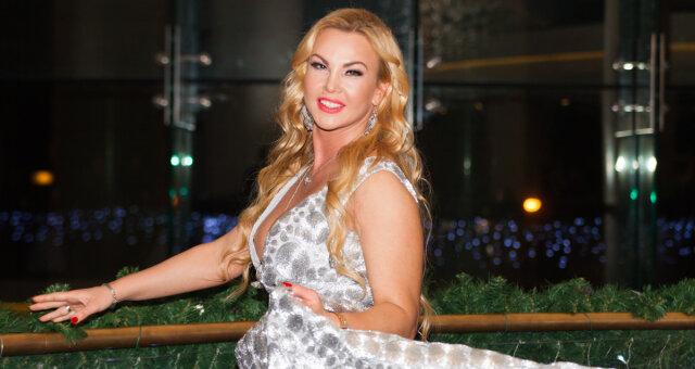 Певица Камалия вместе с мужем основали благотворительный фонд