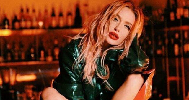 Слава Каминская, певица, новый цвет волосс