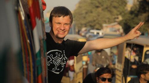 Дмитро Комаров покаже, як насправді живуть жінки в Пакистані