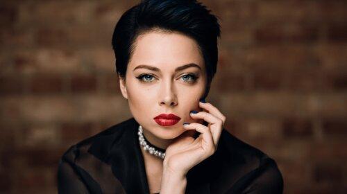 """Скандальная звезда """"Универа"""" Настасья Самбурская снялась в эротической фотосессии"""