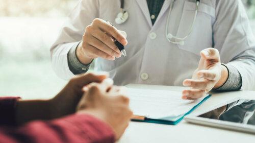 Британські онкологи назвали перший симптом раку підшлункової залози