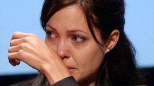 Потеряли девочку: дочь Анджелины Джоли стала поразительно похожа на известного поп-певца (ФОТО)