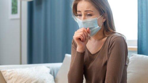 Держи ухо востро: медики назвали симптомы ковида, которые требуют срочной госпитализации