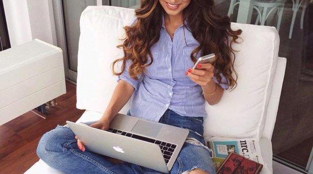 girl-hair-macbook-outfit-Favim.com-2180532