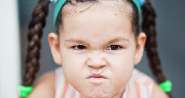 К агрессии больше склонны девочки, чем мальчики
