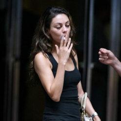 Огоньку не найдется: звезды, которые пристрастились к курению