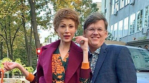 Елена-Кристина Лебедь и экс-министр Розенко сходили в театр: идеальный парный выход эпатажной парочки