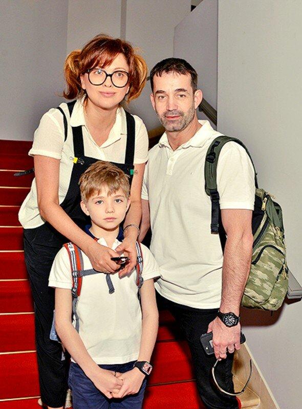Ольга дроздова и сын елисей фото