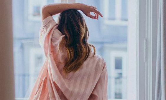 Синдром поликистозных яичников: причины возникновения, симптомы заболевания