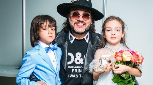 """Гаррі Галкін про таке може тільки мріяти: Філіп Кіркоров купив своєму синові """"Роллс-Ройс"""" за 30 мільйонів рублів"""