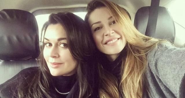 Анастасія Заворотнюк з дочкою
