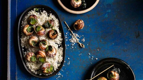 a dish of snails1
