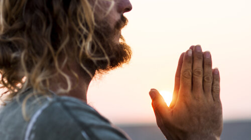 Вчені довели, що молитва може зцілювати