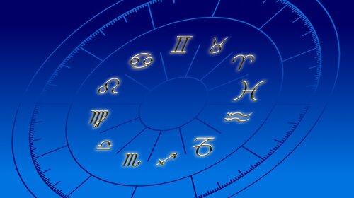 ТОП-3 знака зодиака, на которые постоянно сыплется порча