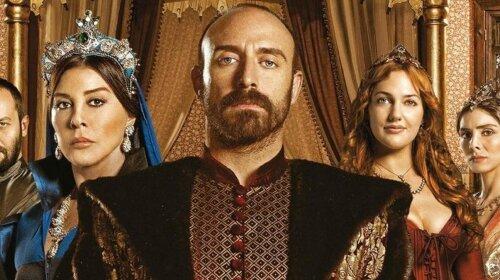 """Через 9 років: як зараз виглядають актори культового турецького серіалу """"Величне століття"""""""