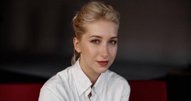 Стася Ровинская, Анастасия Чепелюк, опер по вызову, фото, видео