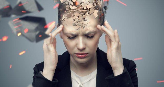 Снижается интеллект и уменьшается мозг