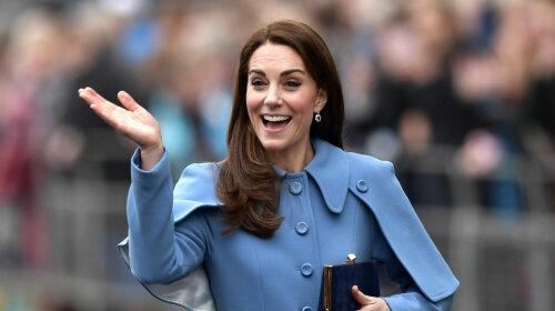 Принцеса Шарлотта проговорилася, що Кейт Міддлтон знову вагітна