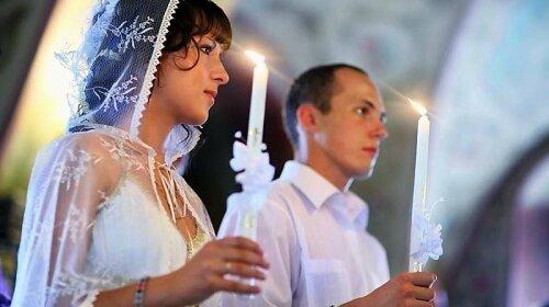 Календарь свадеб на 2021 год: удачные и неудачные дни для вступления в законный брак