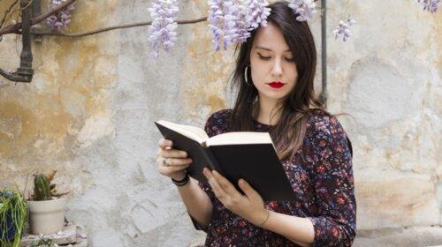 Настоящие интеллектуалы: кто из знаков Зодиака оказались самыми начитанными и умными