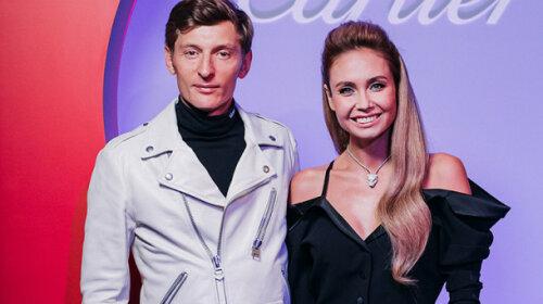 «Бегает за мной, как хвостик»: жена Павла Воли из Comedy Club рассказала, как справляется с приемной девочкой – это достойно уважения