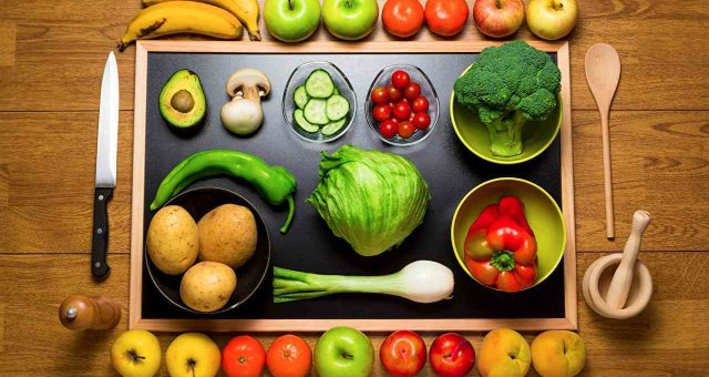 Vegetables_Fruit_Apples_Tomatoes_Pepper_Potato_514881_1280x853