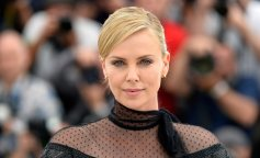 1438805745_celebrityflow-ru-charlize-theron-photo-2015-60102