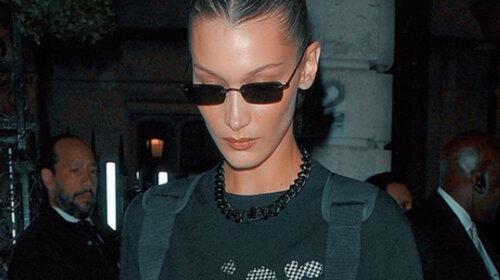 «Бутончики» выпирают: модель Белла Хадид соблазнила Сеть откровенным снимком без белья – хорошо проводит карантин (ФОТО)