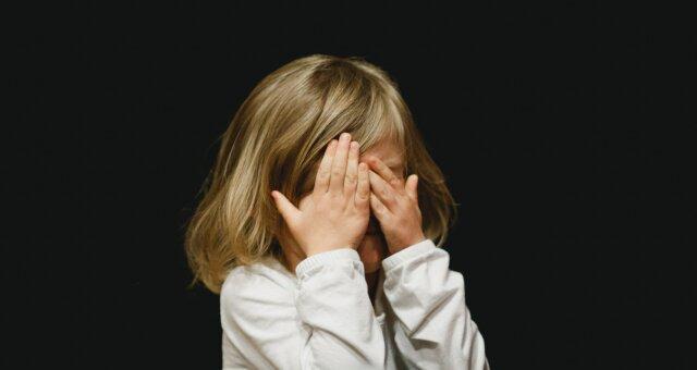 Жорстоке поводження з дитиною