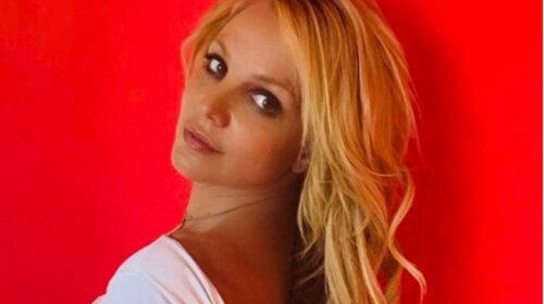 """Не така вже """"зоряна"""": у Мережі з'явилися знімки Брітні Спірс без фотошопу - правда про те, як насправді виглядає співачка в життя (ФОТО)"""