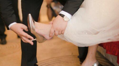 Брак в мае - муж вскоре изменит в собственном доме: и другие свадебные приметы