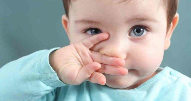 Классическое средство Ребёнку до года нужно разбавить сок алоэ кипячёной водой в пропорции 1:3 или д
