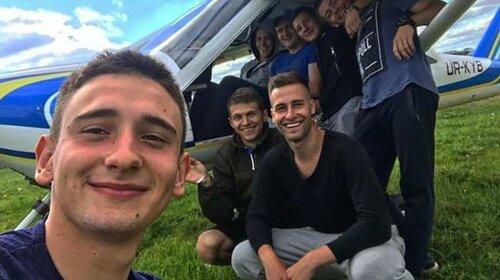 До останнього намагався врятувати друга: у страшній авіакатастрофі під Харковом вижив 20-річний хлопець
