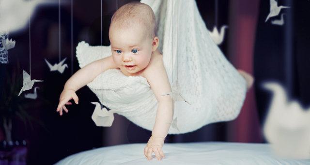 Infants_Hands_Origami_521074_2048x1152