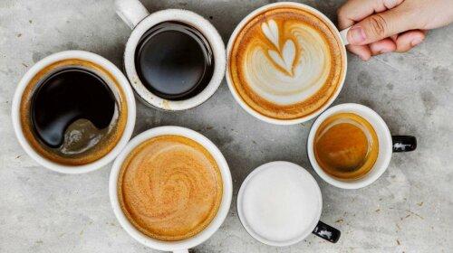 З часником, халвою, яйцем: ТОП-7 незвичайних рецептів приготування кави