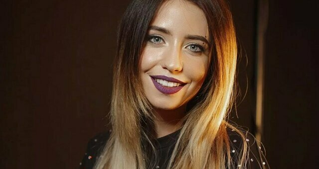 Надя Дорофеева, певица, засветила лишнее