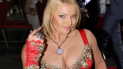 Задрала подол и показала себя во всей красе: Анастасия Волочкова выставила на всеобщее обозрение самое сокровенное (ФОТО)