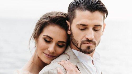 Звезда реалити «Кохання на виживання» вышла замуж за стриптизера