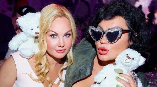 Переплюнула даже Билык и Ассию Ахат: Камалия в роскошном платье с декольте затмила всех звезд на вечеринке (фото)