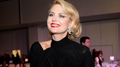 53-летняя Рената Литвинова беременна?