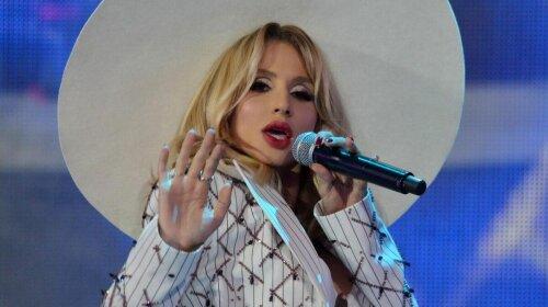 Как сестры: певица Светлана Лобода поразила сходством с мамой