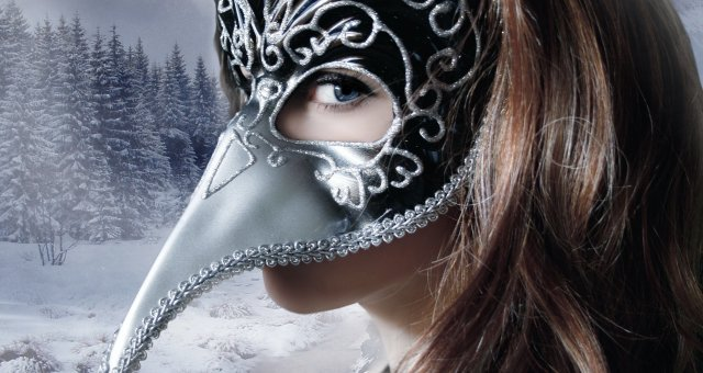 devuska-vzglad-lico-maska-volosy-fon-zima-sneg-dereva