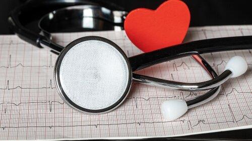 """Бережи """"мотор"""": лікарі назвали ТОП-5 звичок, які руйнують серце"""