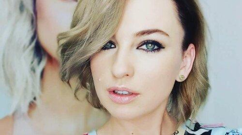 Виктория Булитко из «Дизель шоу» покрасила  волосы в яркий  баклажанный цвет: как выглядит знаменитость сейчас (фото)