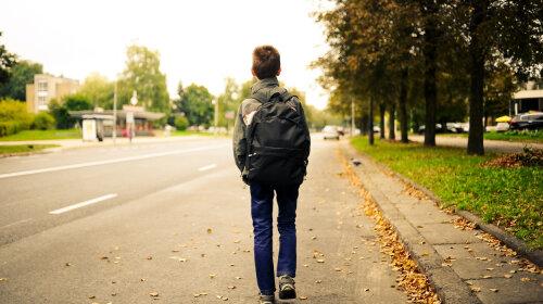 За пропуск школьных занятий учениками родителей могут оштрафовать на серьезную сумму