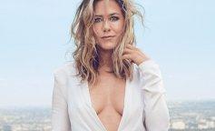 Jennifer-Aniston-decolteu-adanc