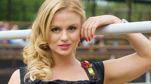"""""""Не личить так поводитися"""": Анну Семенович розкритикували за гарячий танець в мережі"""