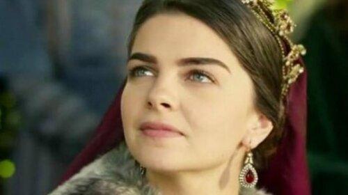 """Показала своих """"шехзаде"""": Михримах из """"Великолепного века"""" похвасталась сыновьями от турецкого бизнесмена"""